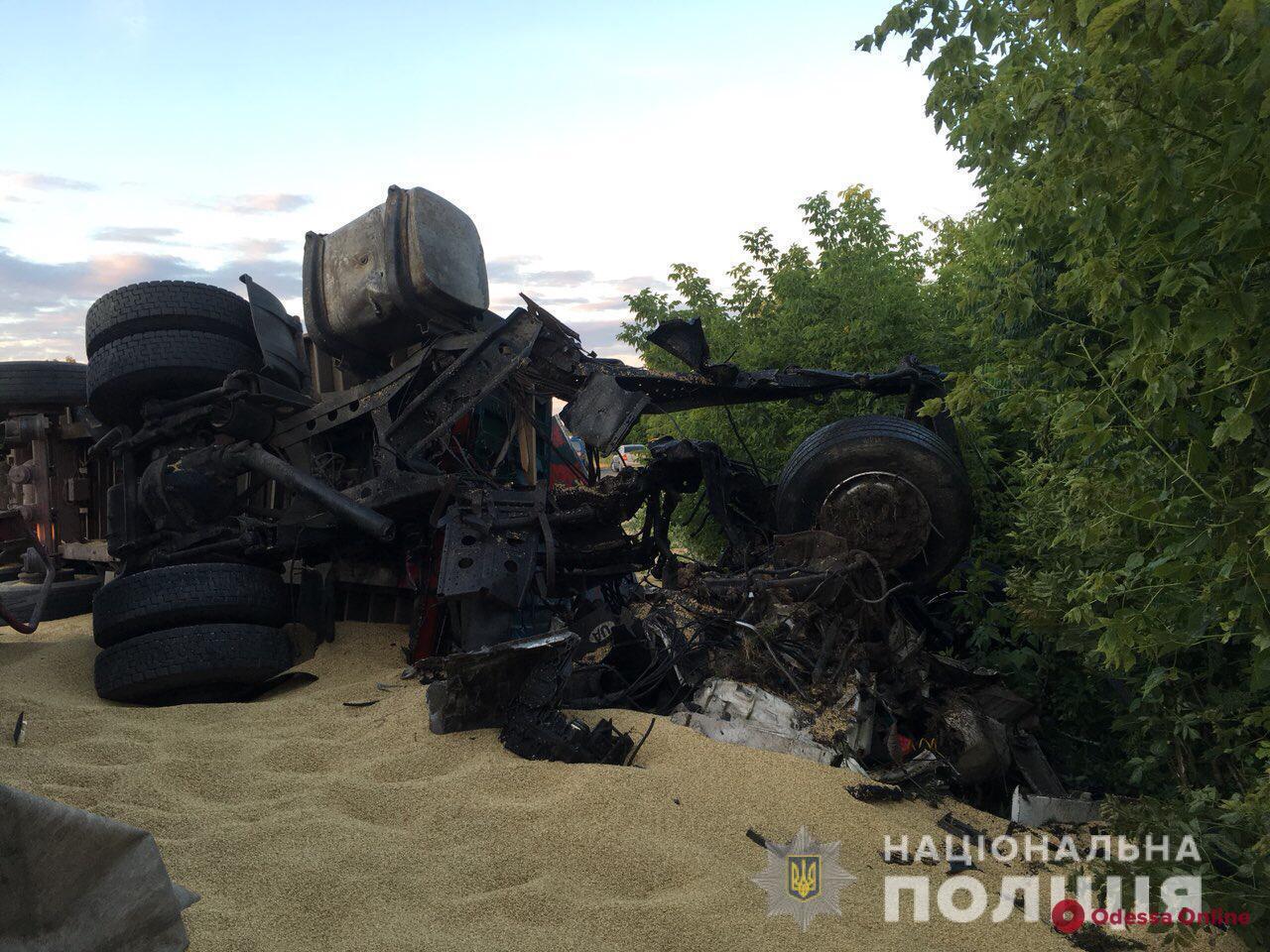 На трассе Киев-Одесса произошло страшное ДТП — трое погибших