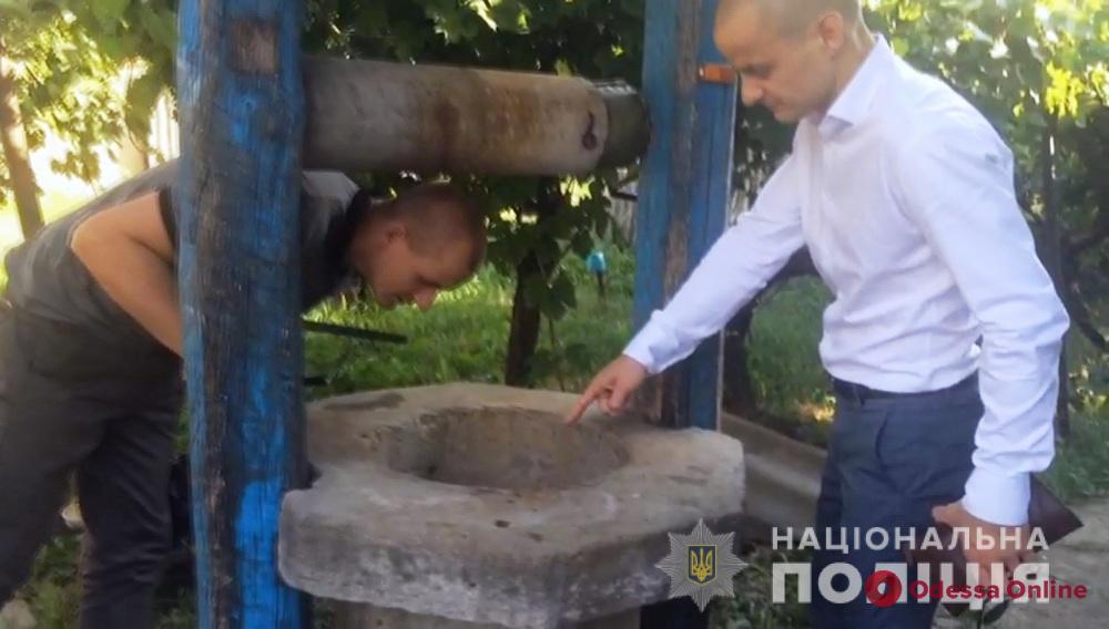Надел на голову мешок и бросил в колодец: житель Одесской области убил тещу брата