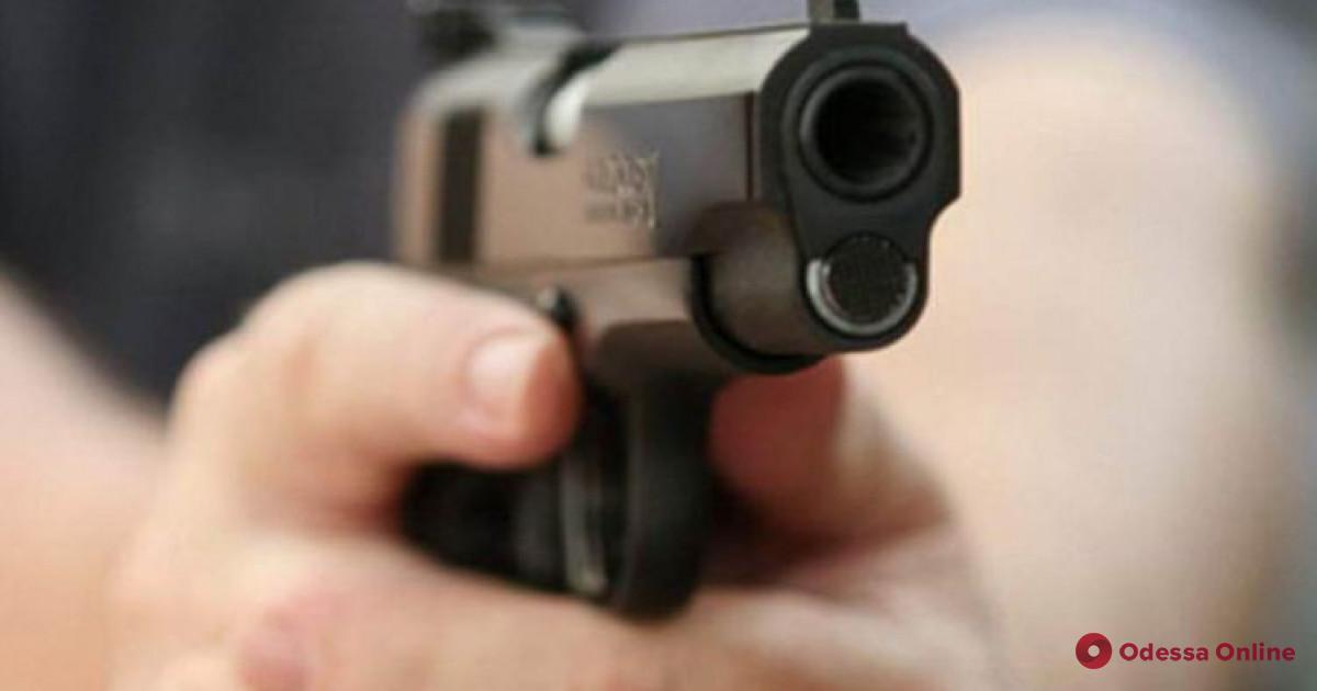 В Одессе пьяный неадекват угрожал убийством жене и сыну