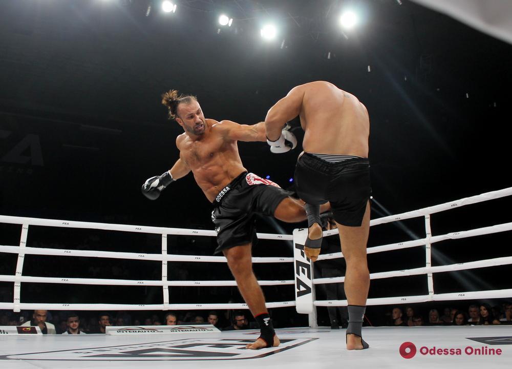 В Одессе состоялся крупнейший международный турнир по кикбоксингу среди профессионалов