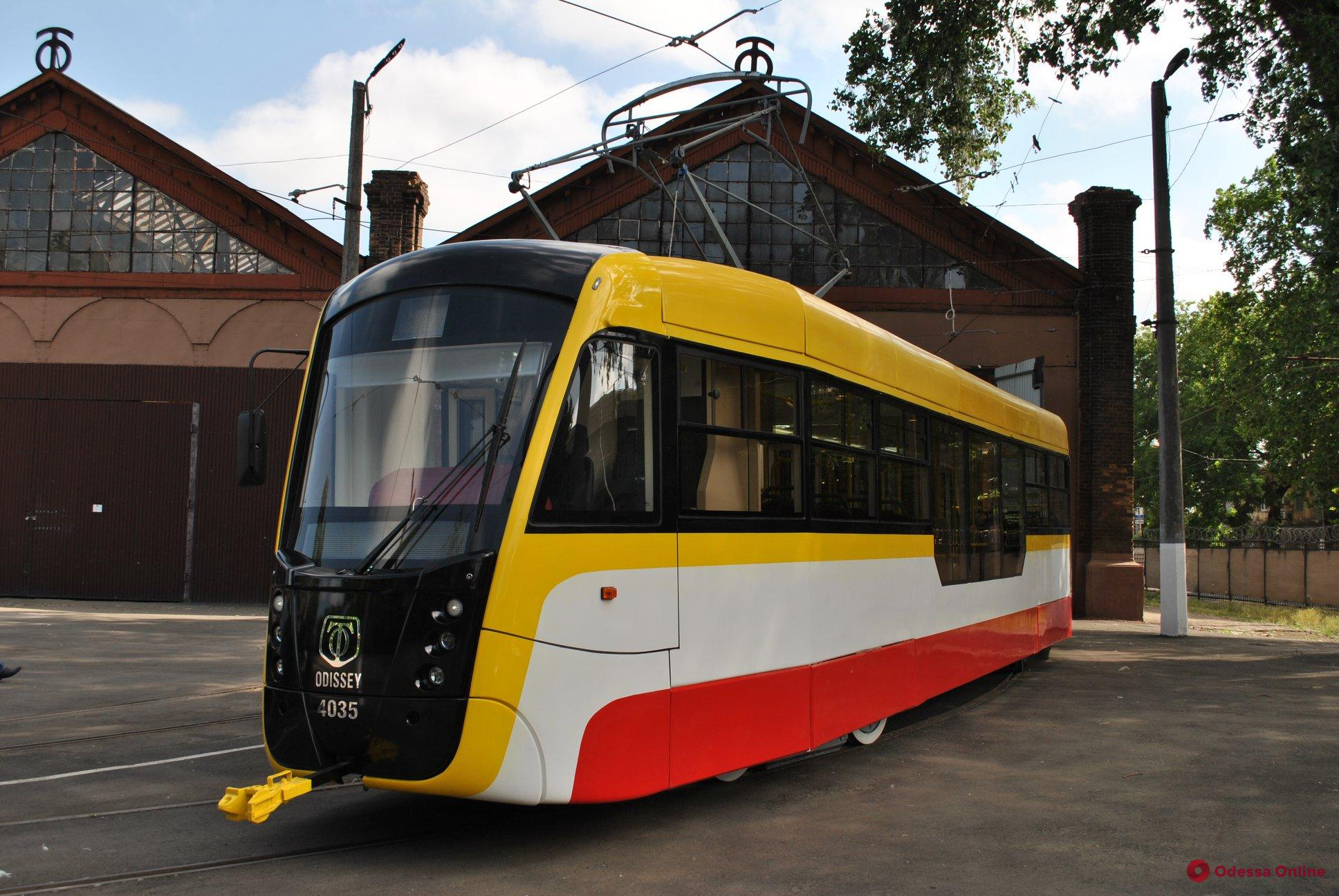 Одесса: в сентябре на маршрут выйдет трехсекционный трамвай