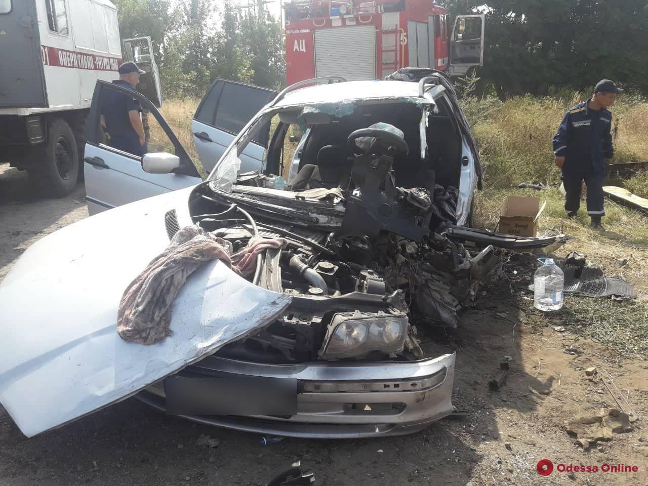 На въезде в Одессу произошло тройное ДТП