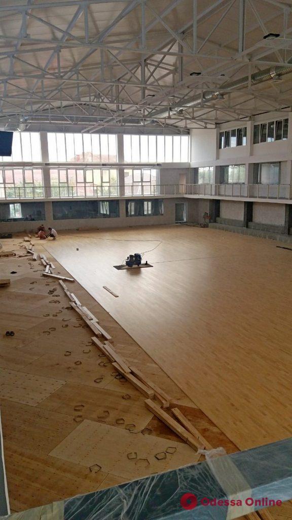 В Крыжановке готовится к открытию новый современный спорткомплекс