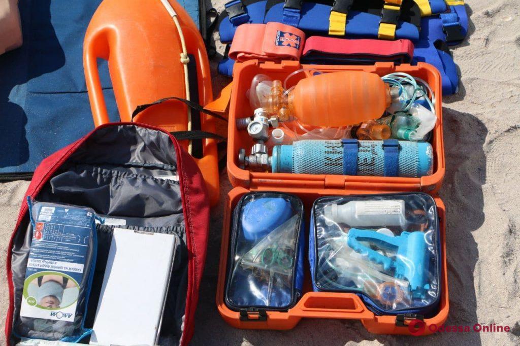В Одессе детей обучали профессии пляжных спасателей (фото, видео)