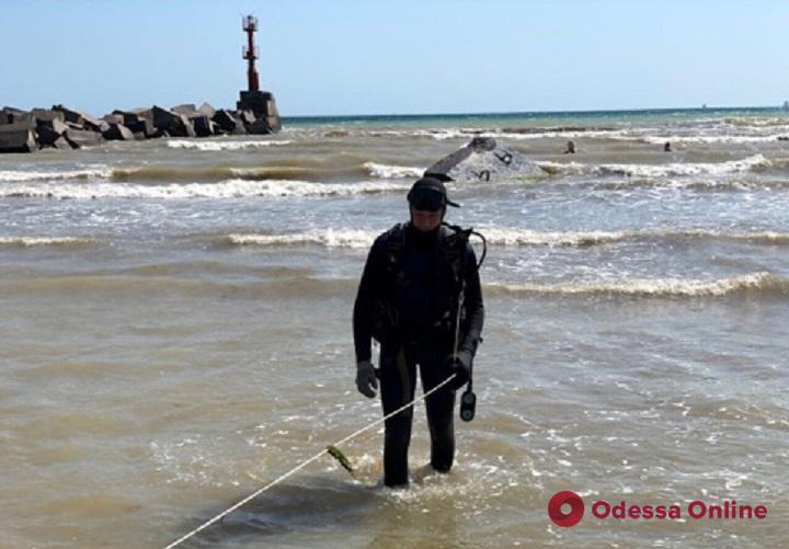 Одесская область: водолазы достали тело утонувшего 13-летнего мальчика