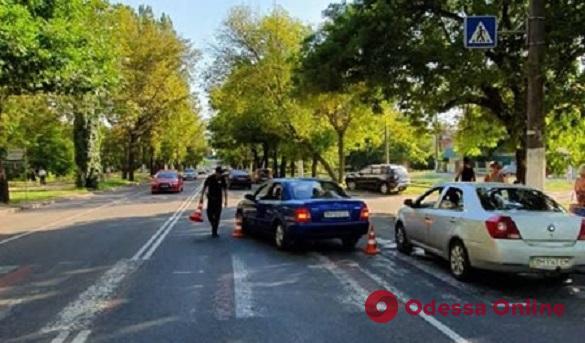 На поселке Котовского Mazda сбила пешехода