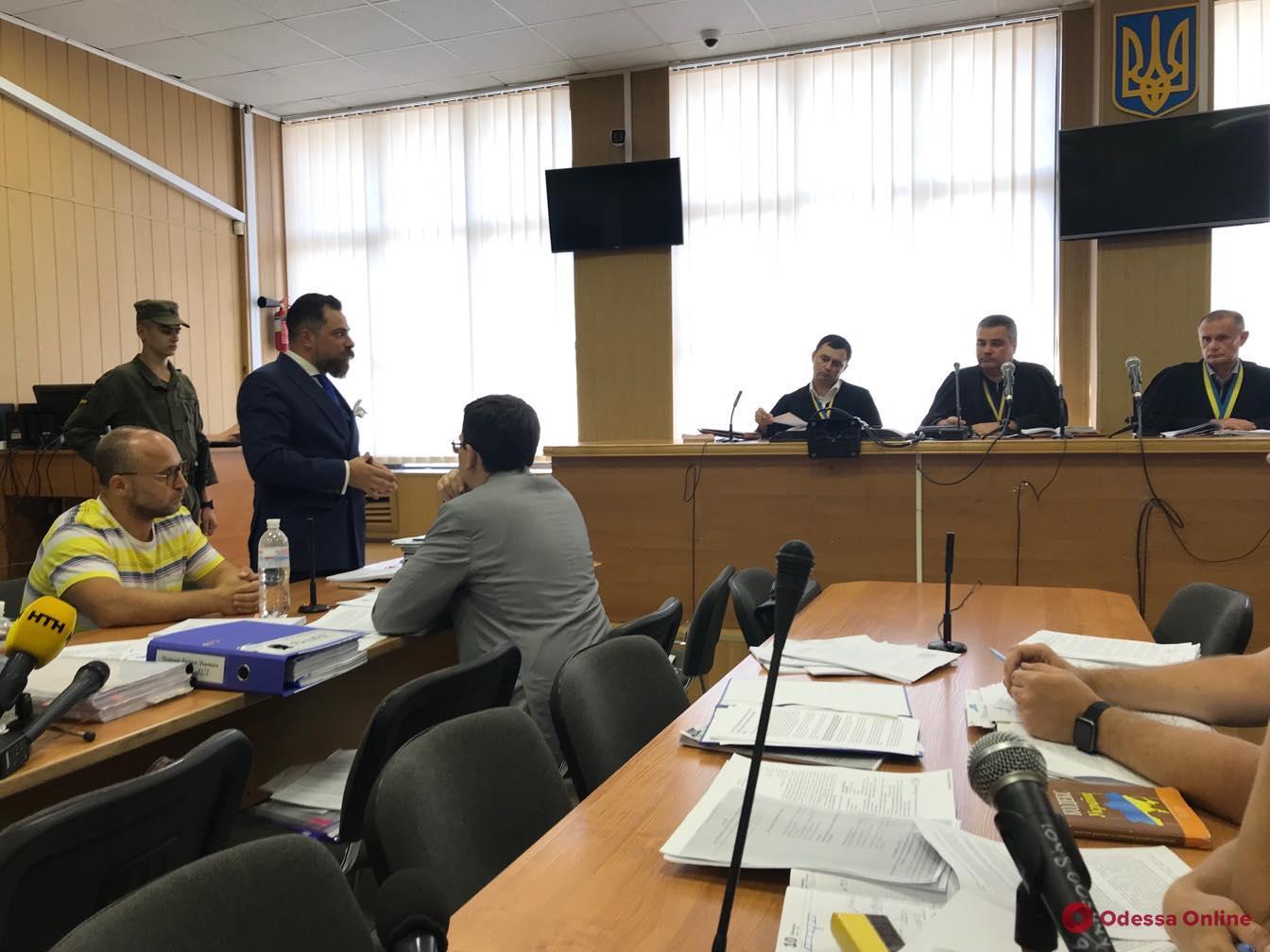 Апелляционный суд решает вопрос об изменении меры пресечения Вадиму Черному