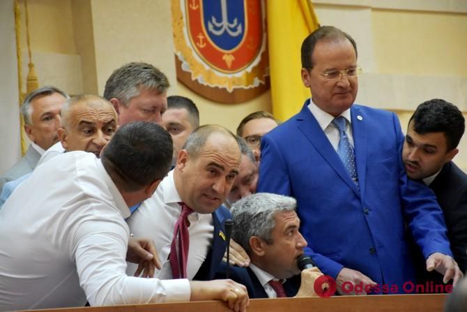 В Одесском облсовете подсчитали убытки от прошедшей сессии
