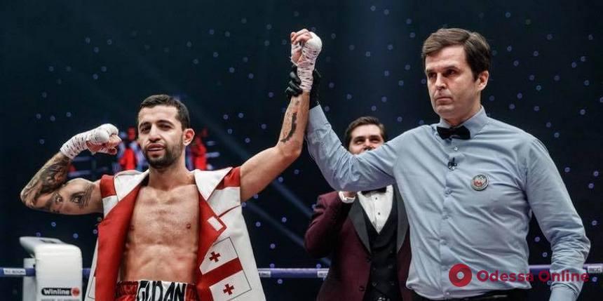 Одесский боксер досрочно победил представителя Нидерландов