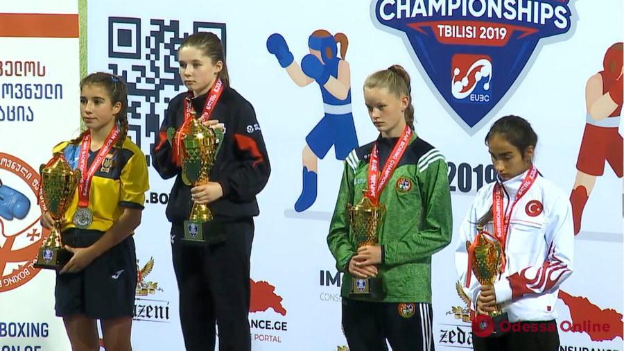 Бокс: две одесситки стали призерами чемпионата Европы
