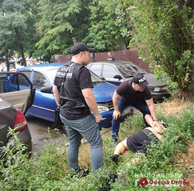 В Одессе задержали иностранных вымогателей