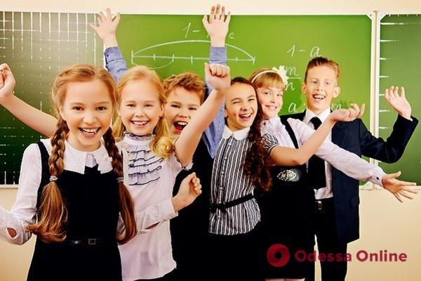 Одесских школьников теперь не могут обязать носить школьную форму