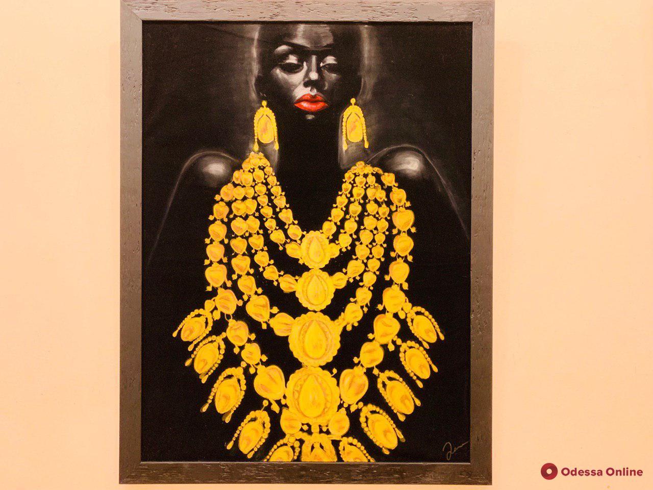 В одесском музее открылась выставка картин на экозамше (фото)