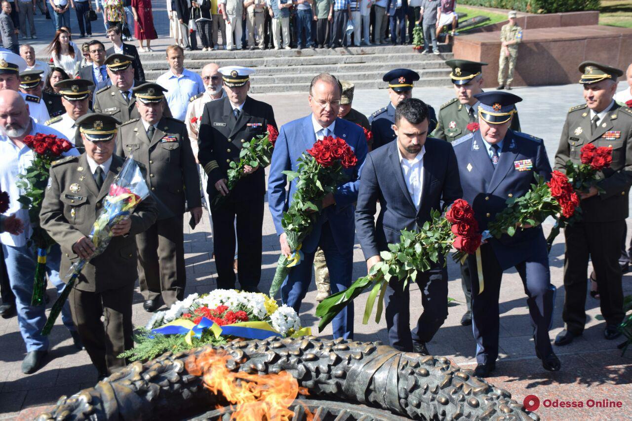 В Одессе отмечают 78-ю годовщину героической обороны города (фото)