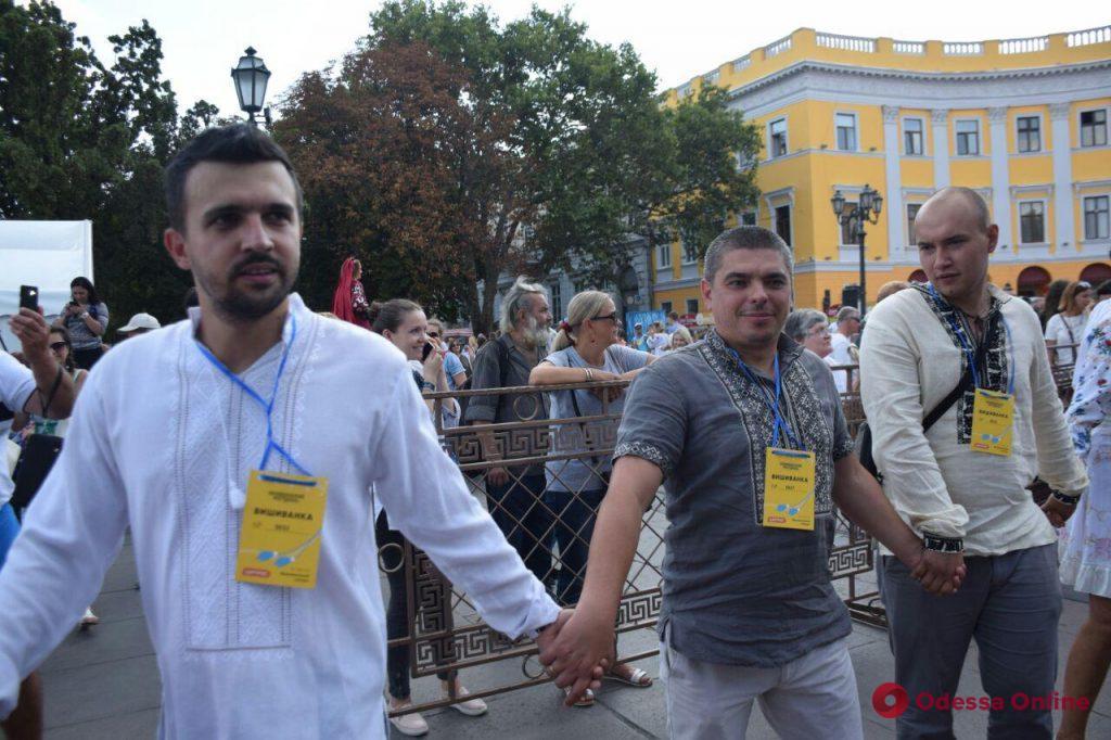 В Одессе стартовал Вышиванковый фестиваль