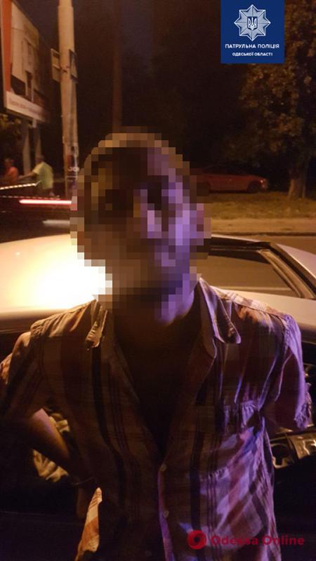По Одессе разъезжал вооруженный мужчина под кайфом