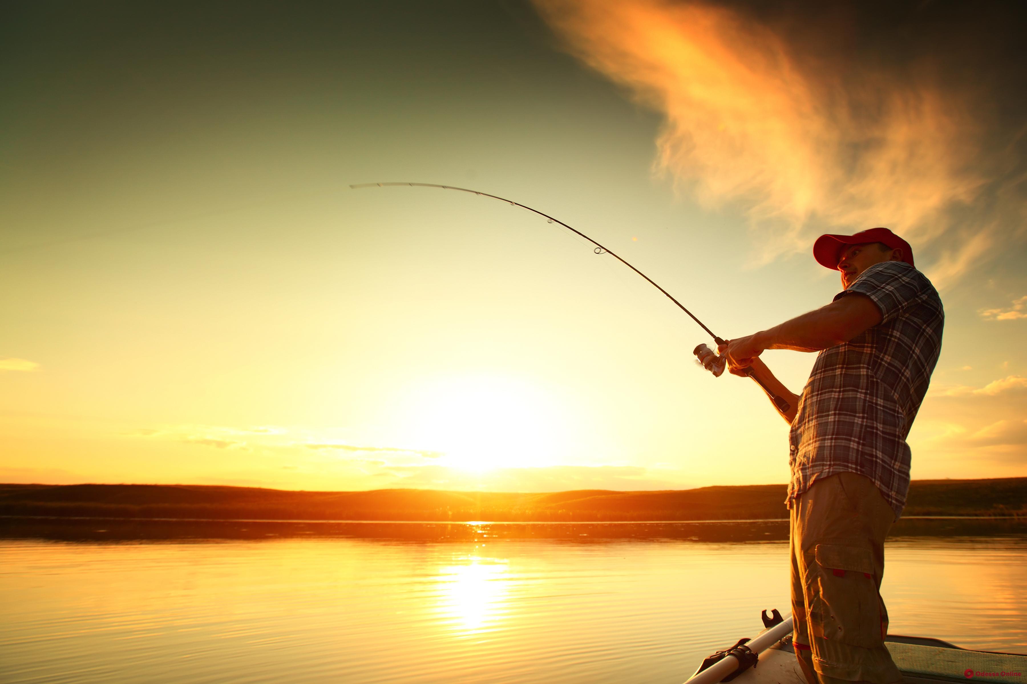 На Днестровском лимане снова можно ловить рыбу
