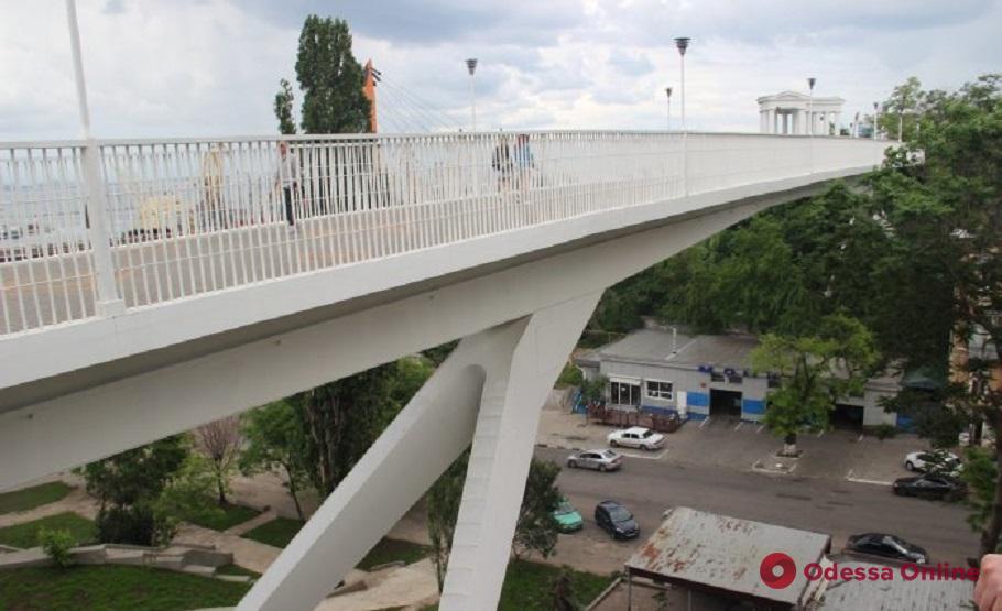 Под Тещиным мостом нашли труп
