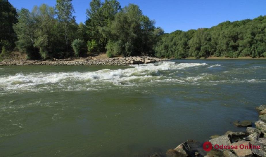 Одесская область: в реке Турунчук сутки ищут пропавшего мужчину