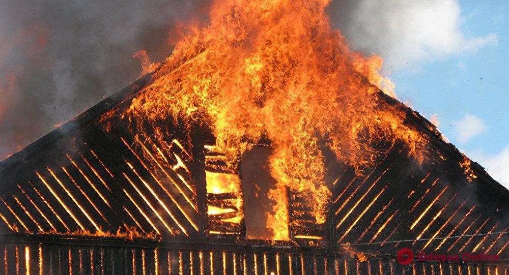 Под Одессой сгорел частный дом – погиб мужчина