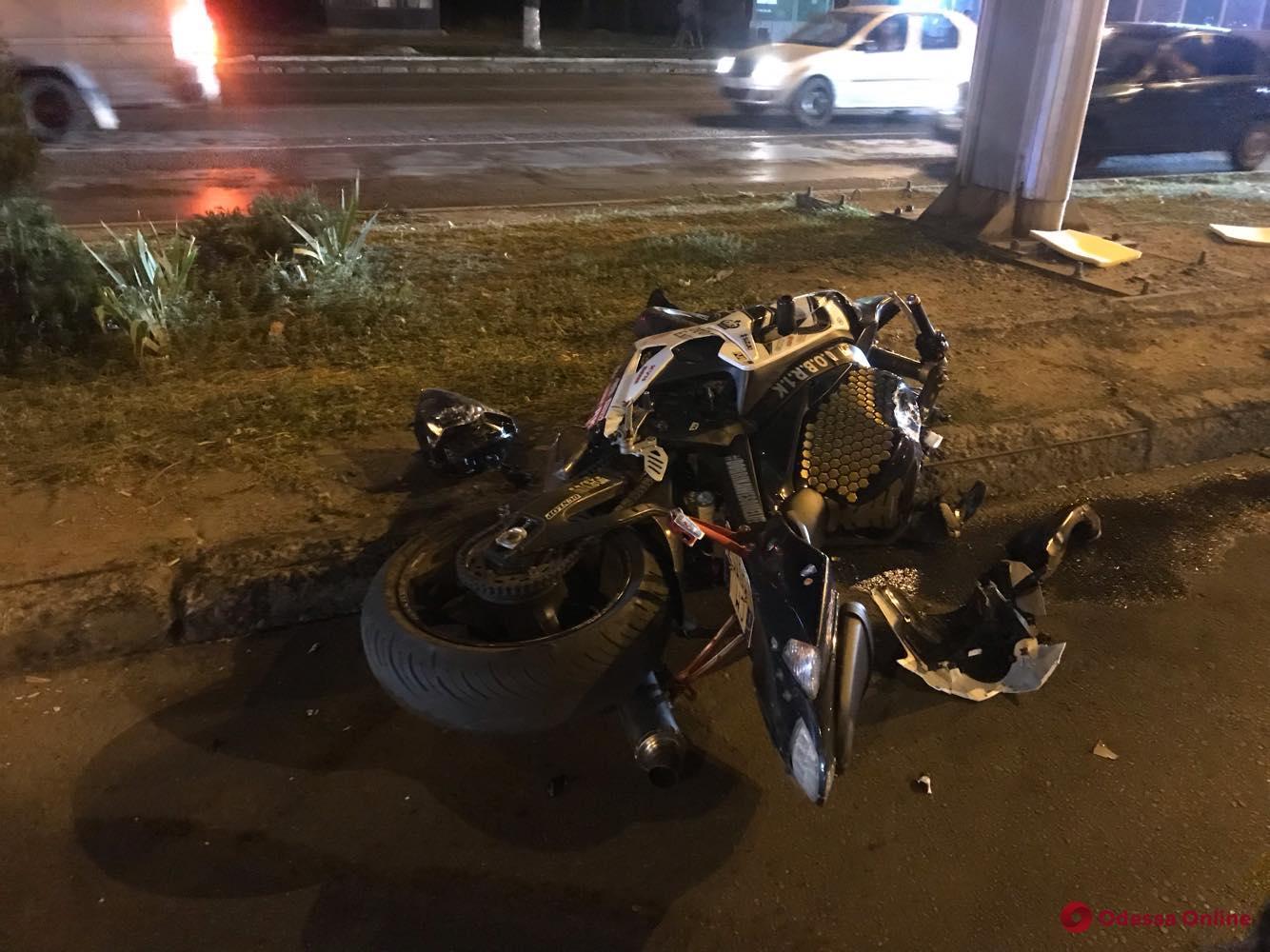 В Одессе столкнулись «Жигули» и мотоцикл