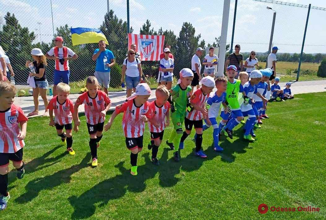 Футбол: одесские команды заняли весь пьедестал детского международного турнира в Тирасполе