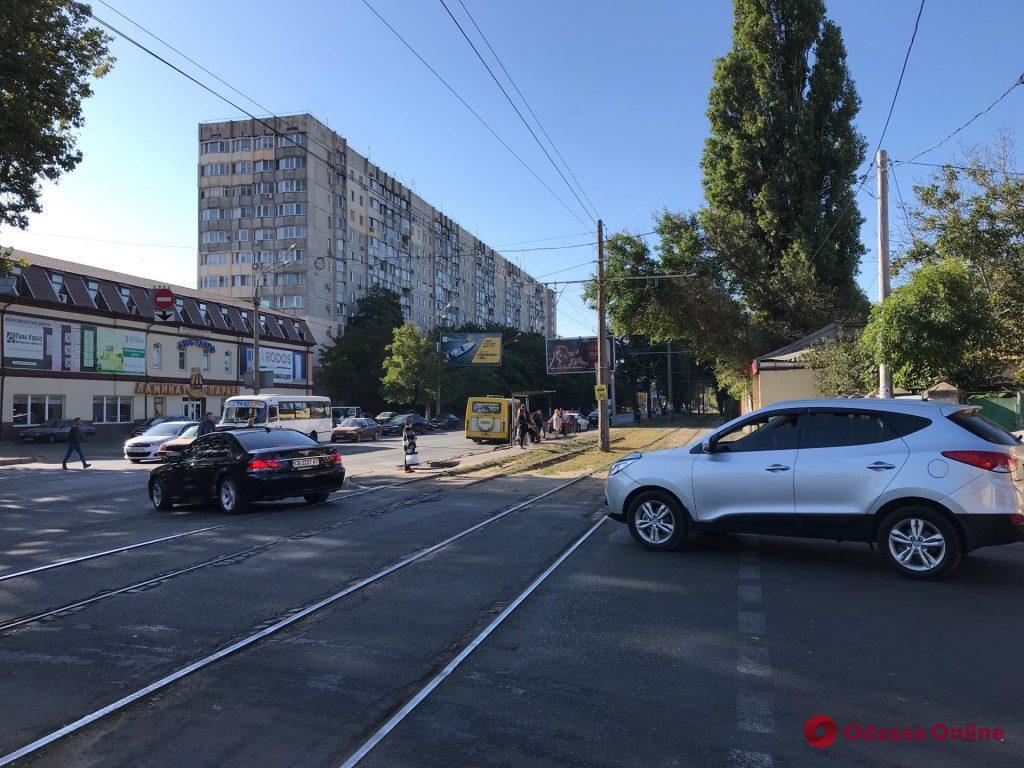 Перекрытие Люстдорфской дороги: пробки сковали Бреуса и Адмиральский проспект