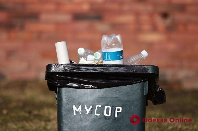 В Одессе «открыли охоту» на предпринимателей, которые не платят за вывоз мусора
