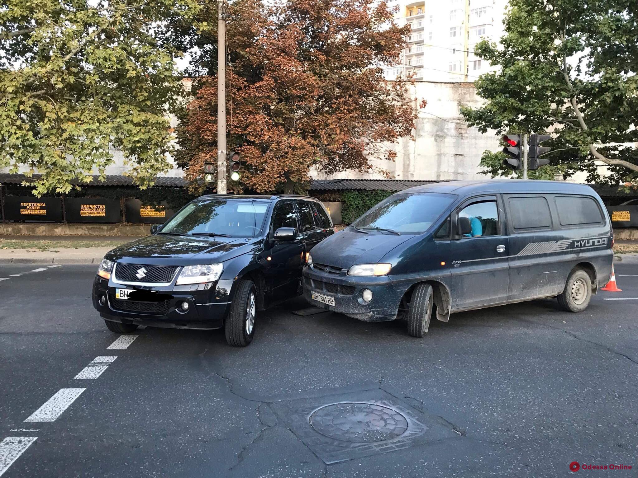 На Краснова столкнулись Suzuki и Hyundai