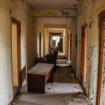 """Отпечаток времени и огня: как выглядит санаторий """"Красные зори"""" год спустя после пожара"""