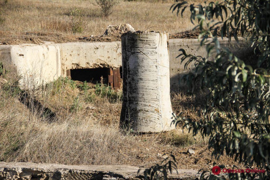 Эхо войны: заброшенные бункеры под Одессой (фоторепортаж)