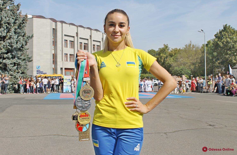 СпортКарантин: чемпионка Европы по каратэ Анжелика Терлюга