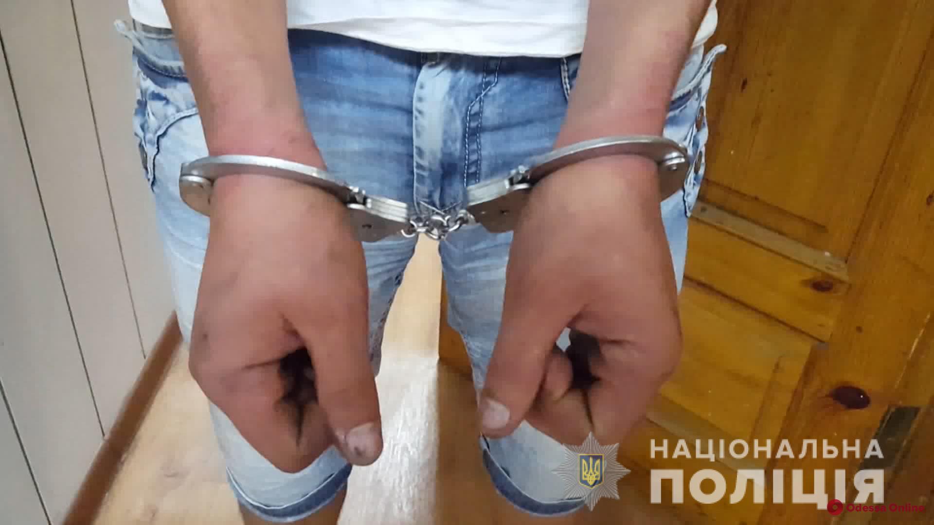 В Одессе вооруженные разбойники в балаклавах напали на развлекательное заведение