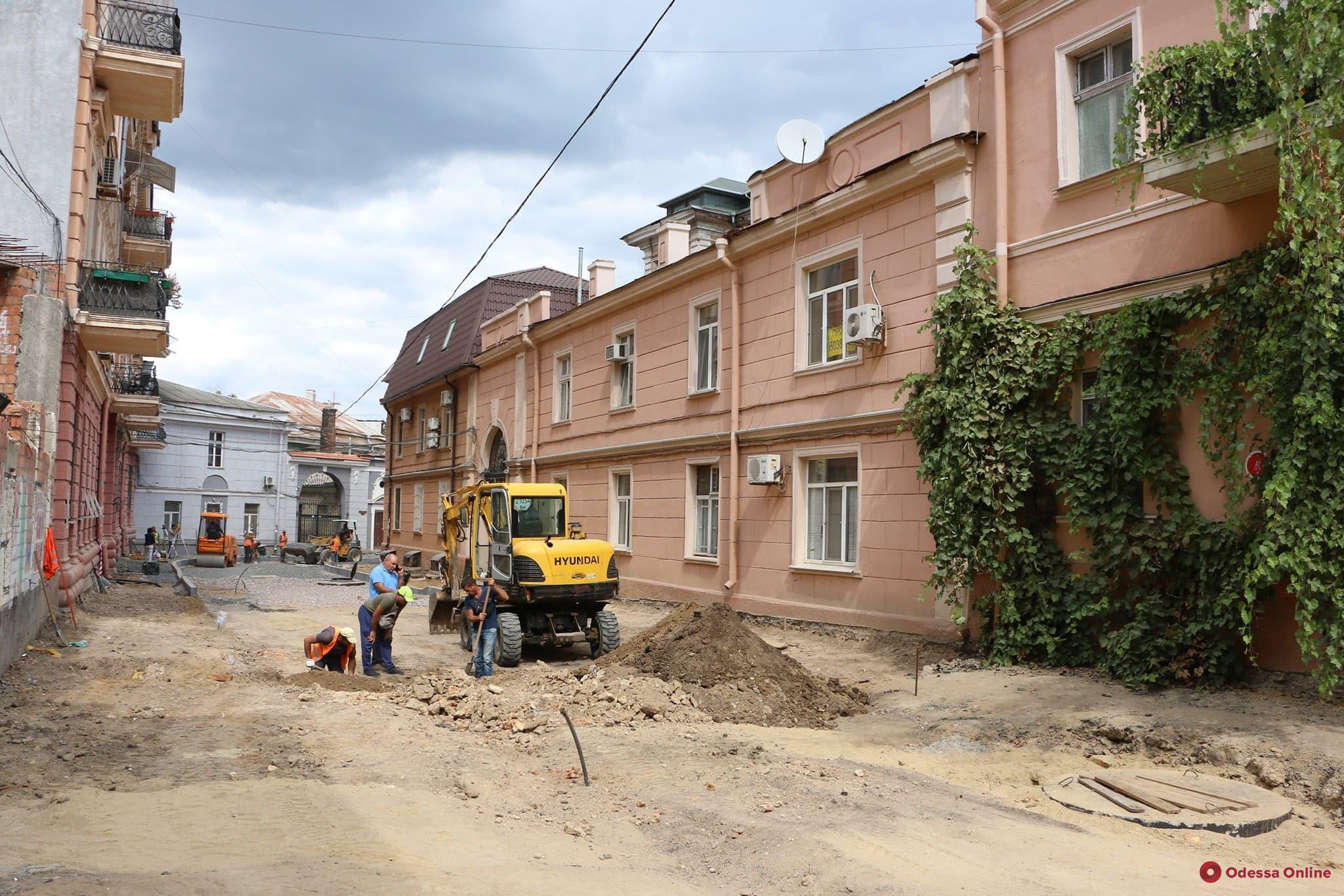 В Одессе нашли лавовые плиты времен князя Воронцова