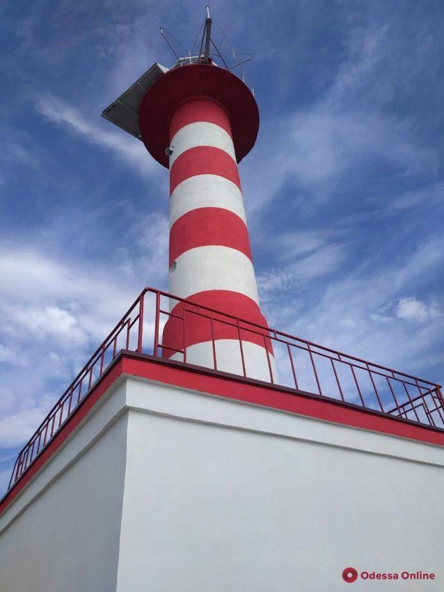 Словно новый: в Одесской области отремонтировали маяк