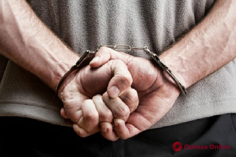 Два года скрывался: в Херсоне поймали одесского наркодилера