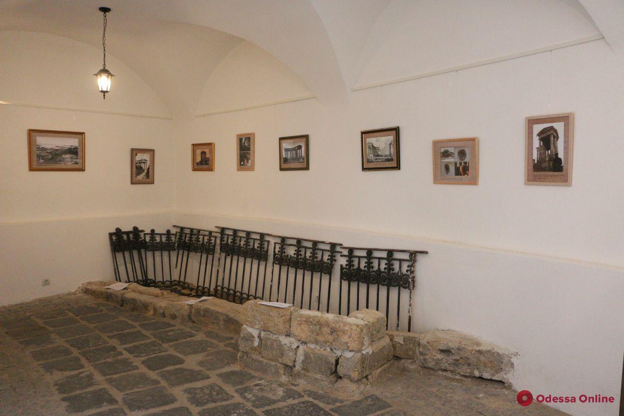 Выставку в помещениях Воронцовской колоннады за три дня посетили более 5 тысяч человек