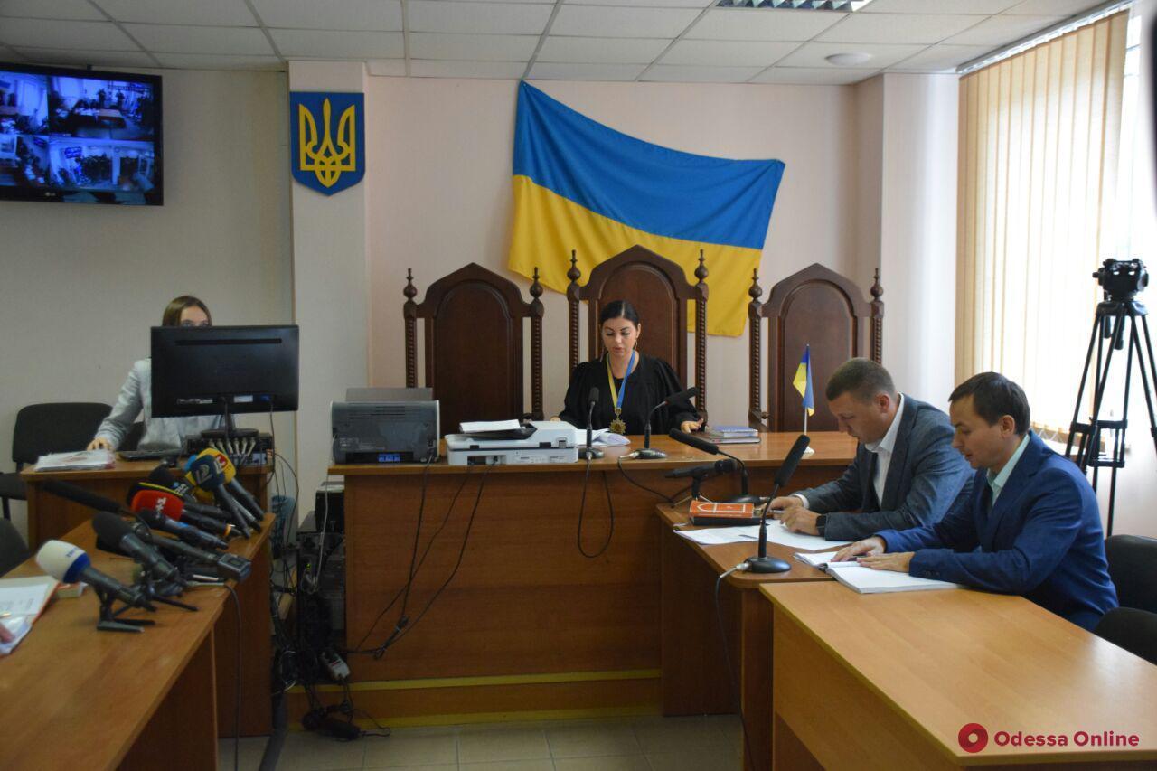 Смертельное ДТП под Одессой: суд отправил водителя фуры в СИЗО