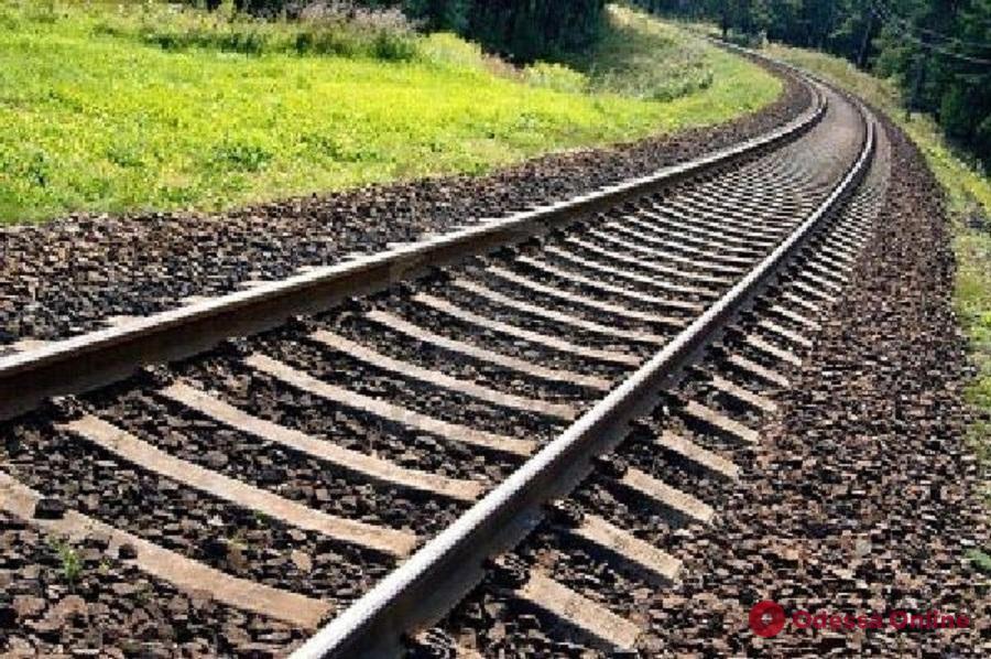 Одесская железная дорога временно изменит график движения поездов