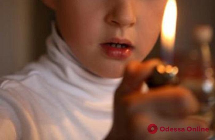 Играл с зажигалкой: в Одесской области 5-летний мальчик погиб во время пожара