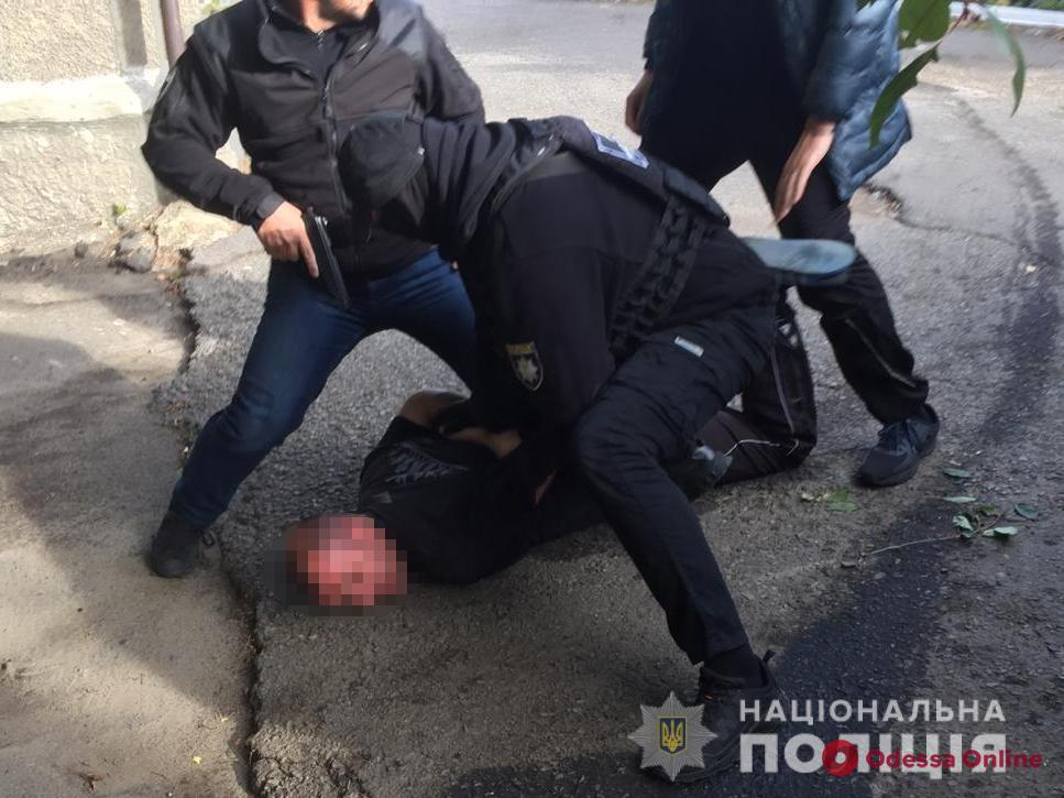 Житель Одесской области пытался подкупить полицейского за 1000 долларов