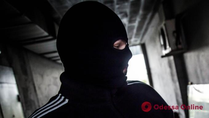 В Одессе разбойника с автомойки отправили за решетку