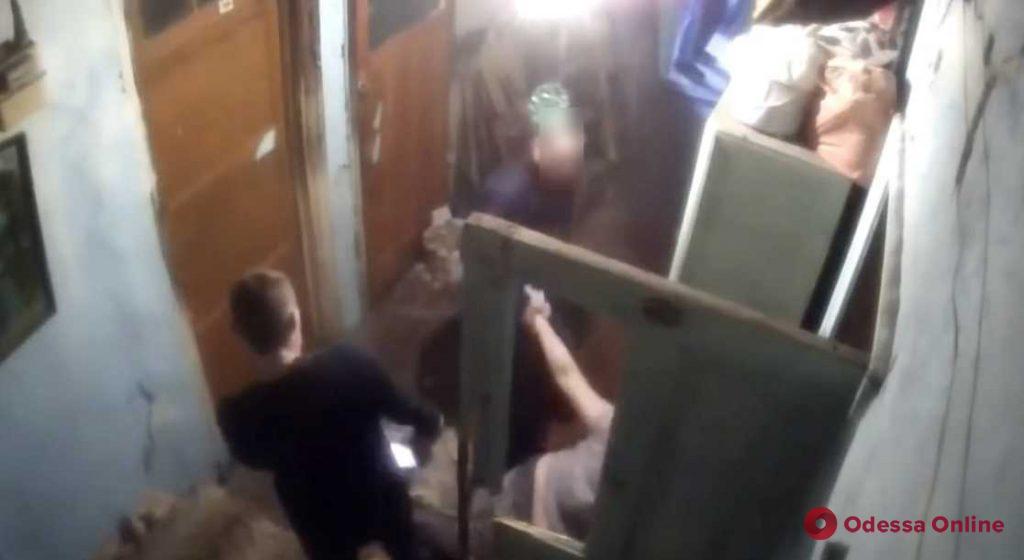 Одесский суд отправил в СИЗО члена банды лжеколлекторов