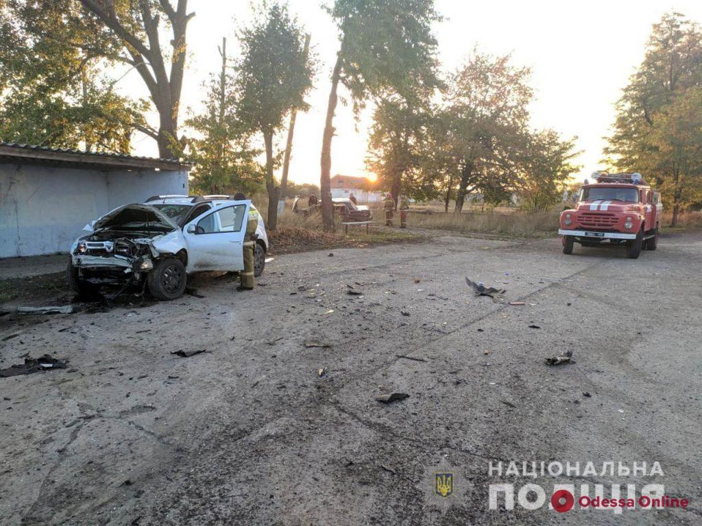 В Одесской области столкнулись кроссовер и легковушка: один из водителей погиб