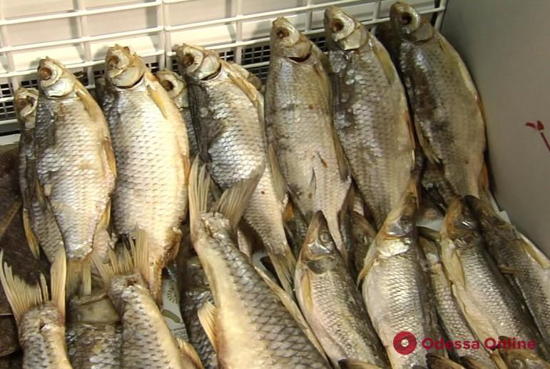 Из-за вяленой рыбы житель Одесской области попал в инфекционную больницу