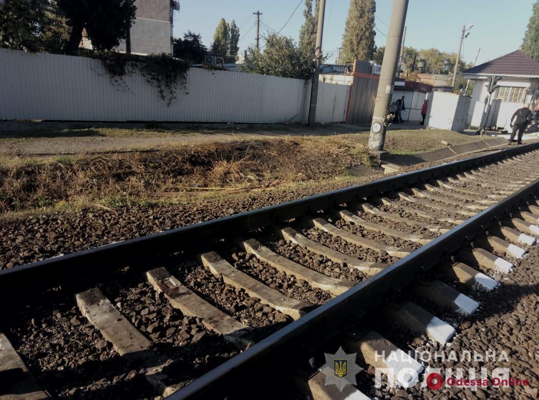 На Пересыпи поезд переехал женщину