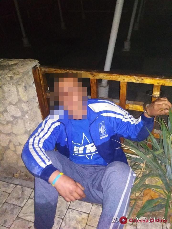 В Одессе мужчина пытался обокрасть ресторан