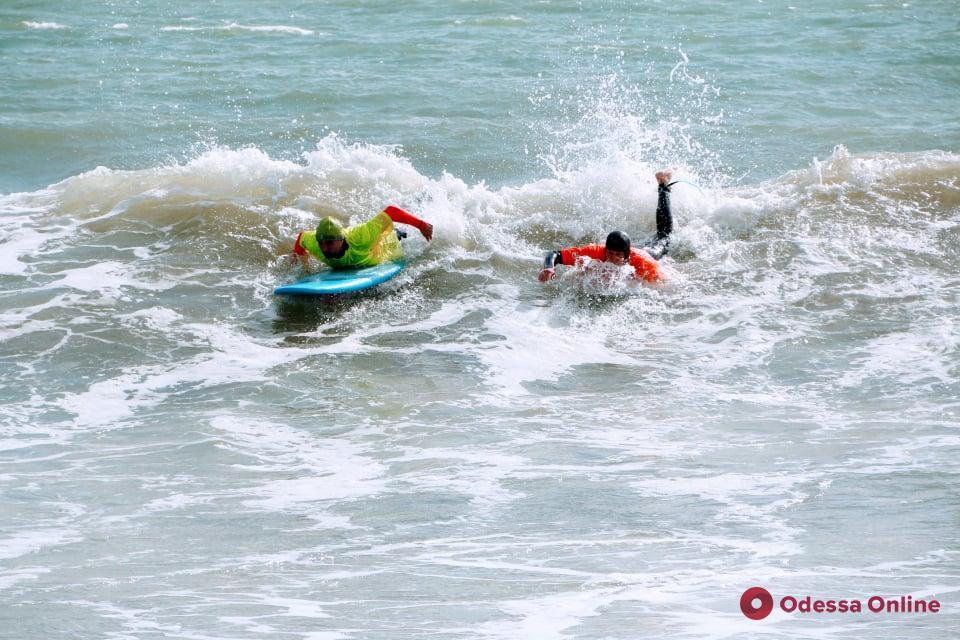 «Arcadia-2019»: в Одессе проходят всеукраинские соревнования по серфингу (фоторепортаж)
