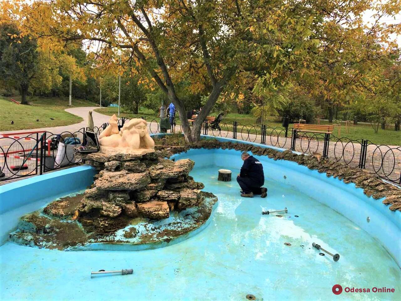 Одесские фонтаны отключают до весны (фото)