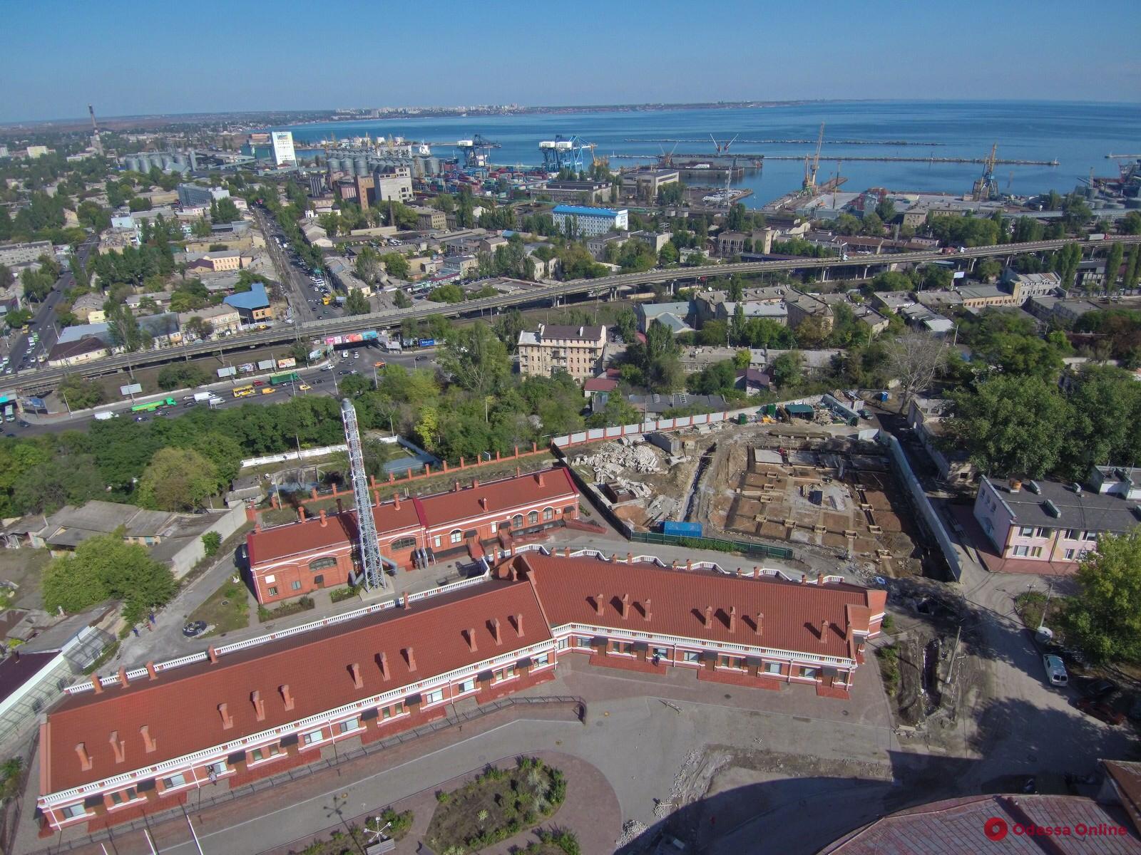 Одесса: в инфекционной больнице строят новые корпуса